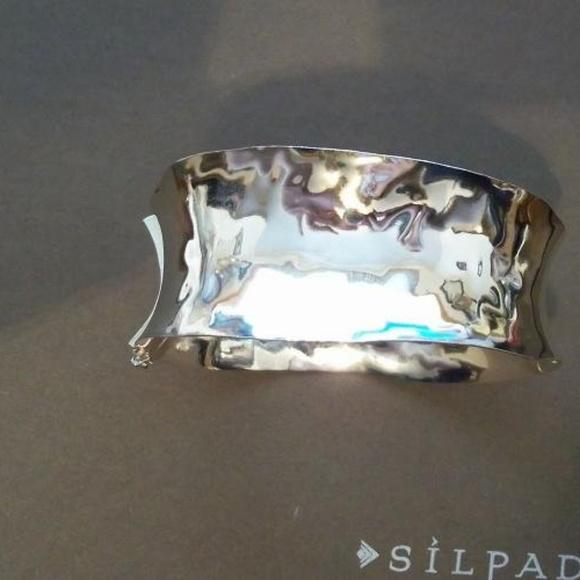 Silpada Jewelry - B2260 Silpada Sterling Hinged Bangle bracelet